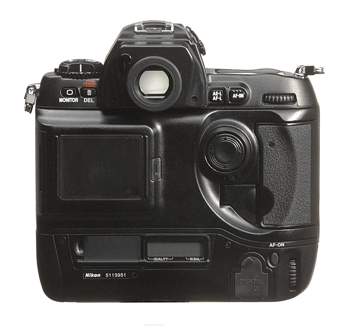 Kiprbltuk Nikon D1x D1 Meg Kell Emlteni Egy Hasznos Vltoztatst A Hez Kpest Nl Monitor Gomb Megnyomsakor Mr Minden Visszajtszs Funkci Elrhet Nagyts