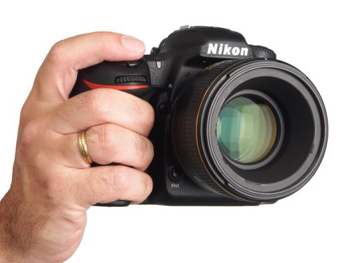 Nikon_D500_fronthand
