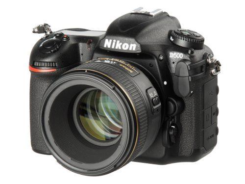 Nikon_D500_frontright