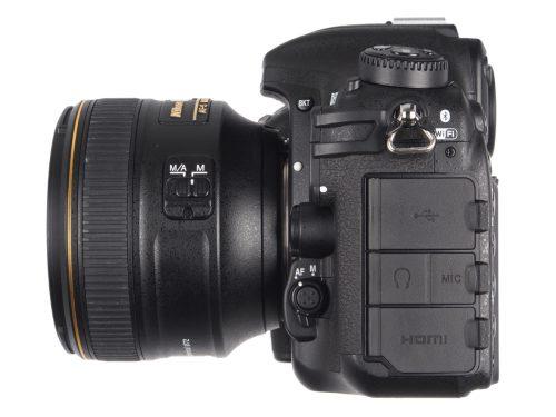 Nikon_D500_sidelens