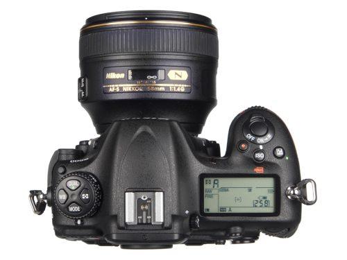 Nikon_D500_toplens