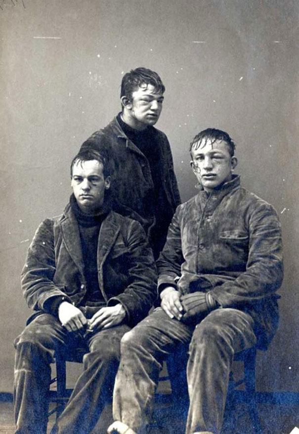 1893_Princeton_students_after_a_freshman_vs._sophomores_snowball_fight